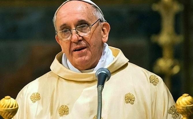 Papa Francesco: lottare contro la pedofilia