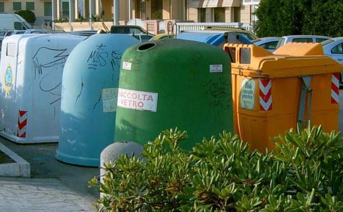 La ricetta dell'assessore Pinuccia Montanari per risolvere il problema rifiuti a Roma: via i cassonetti arriva il porta a porta