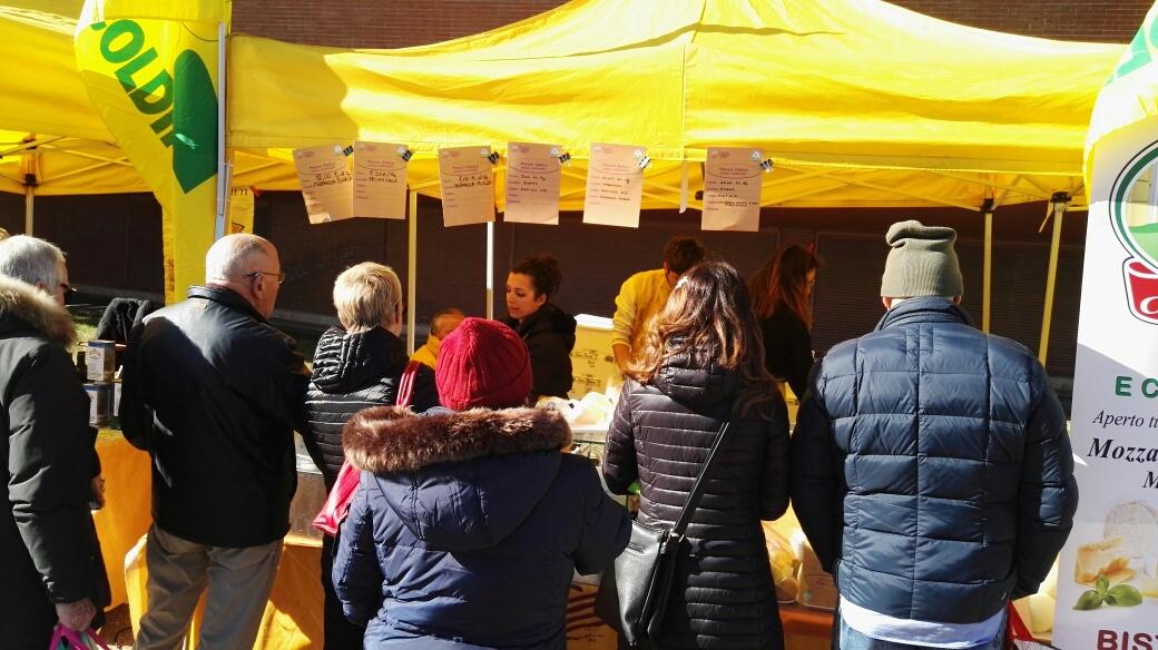 coldiretti, mercato di Campagna Amica