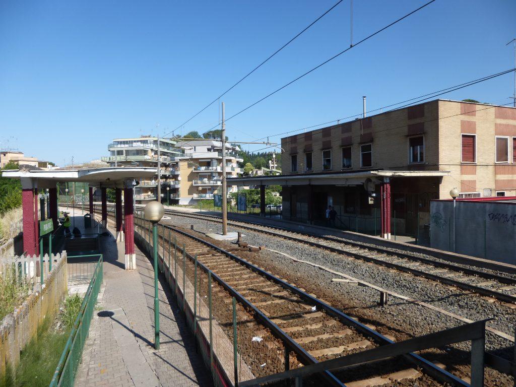 Stazione di prima porta apertura in vista radio colonna - Porta di roma apertura ...