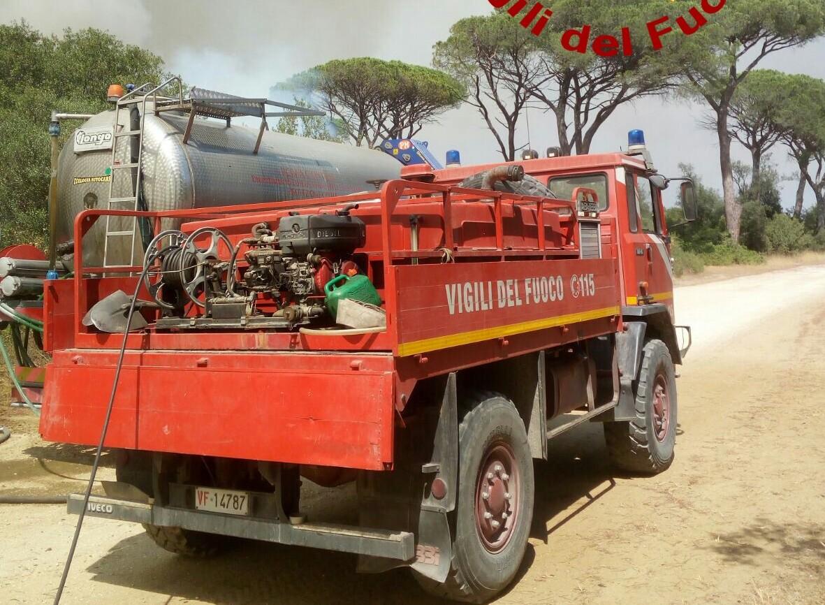 Tivoli camper in fiamme uomo morto carbonizzato radio - Porta portese sud ...