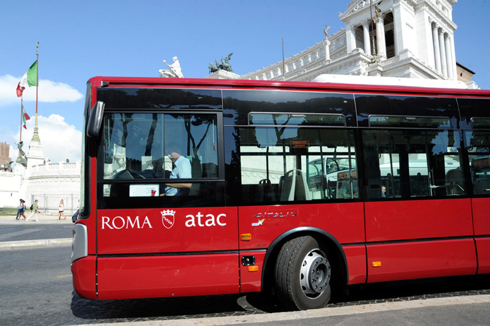 Weekend Di Cortei Ed Eventi Ecco Le Strade Chiuse E I Bus