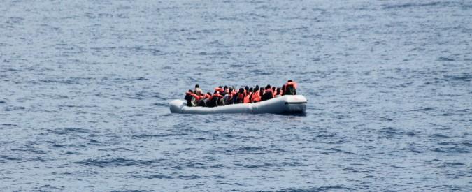 Migranti su barcone
