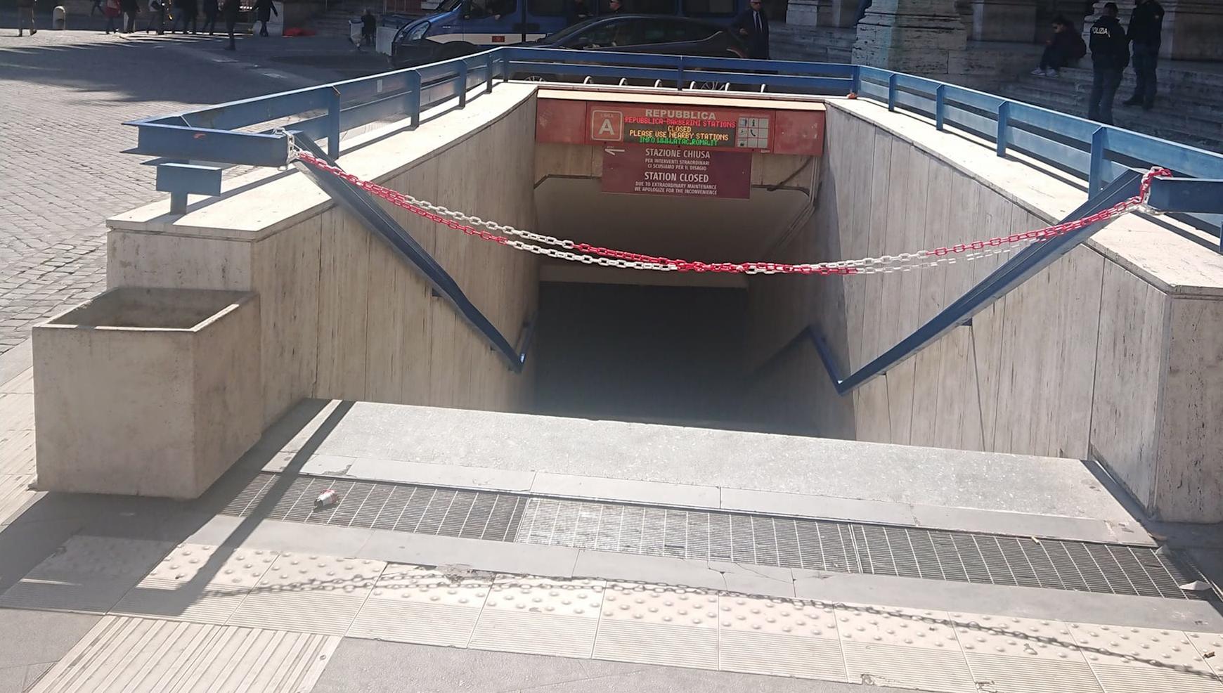 Chiuse le stazioni della metro