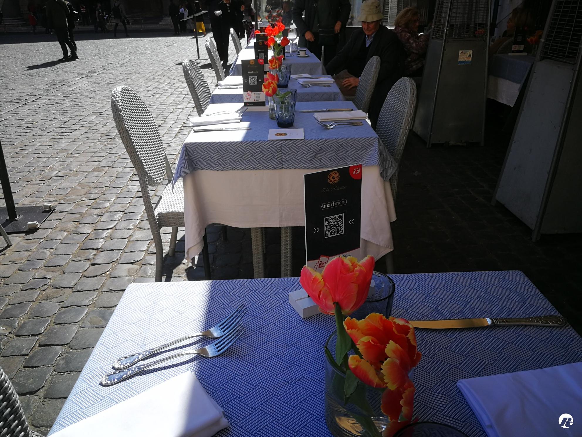 Divisori In Plexiglass Per Esterni commercianti: per fase 2 a roma tavoli single, family e