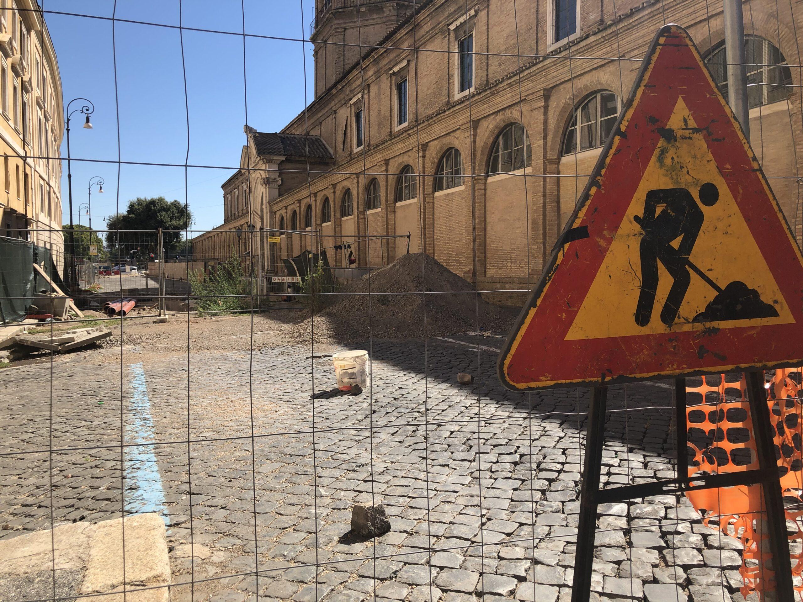 Il cantiere a Borgo Santo Spirito
